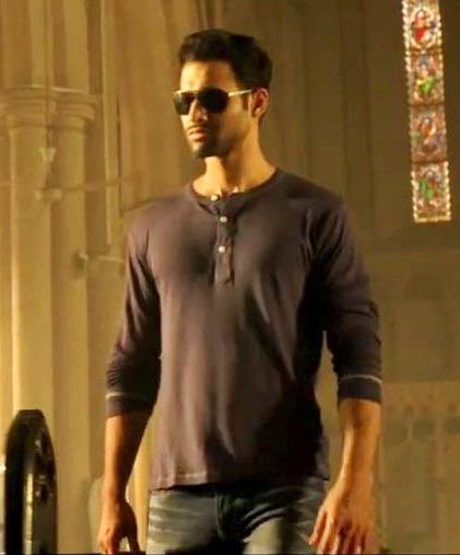 Freddy Daruwala in Holiday
