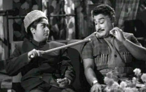 Sivaji Ganesan (right) in Navarathri
