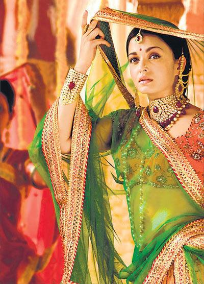 Aishwarya Rai Bachchan in Jodha Akbar