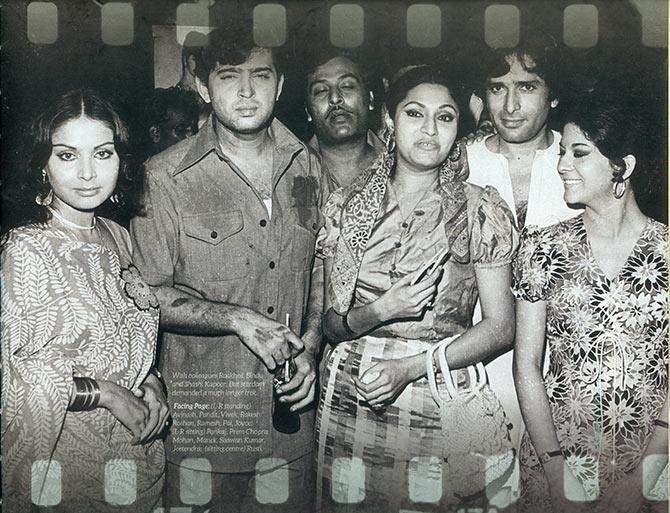 Rakesh Roshan with colleagues Rakhee, Bindu and Shashi Kapoor