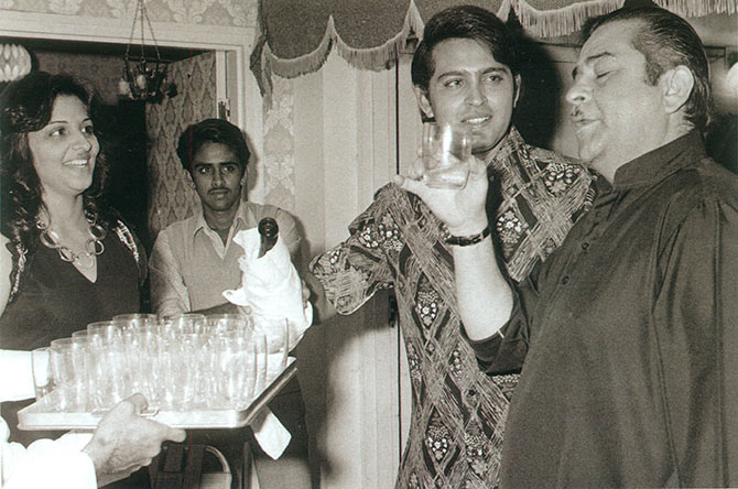 Rakesh Roshan with Raj Kapoor