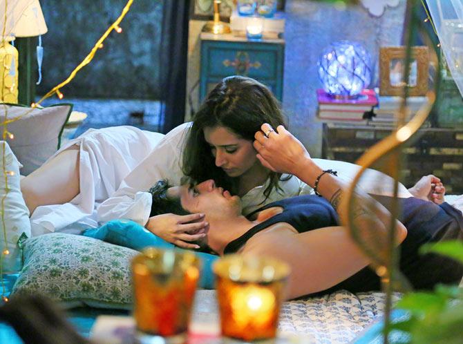 Shraddha Kapoor and Siddharth Malhotra in Ek Villain