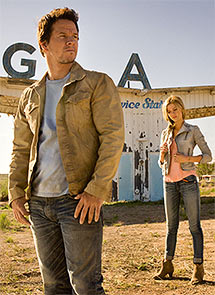 Mark Walhberg in Transformers: Age of Extinction