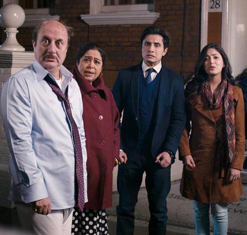 Anupam and Kirron Kher, Ali Zafar and Yami Gautam in Total Siyappa