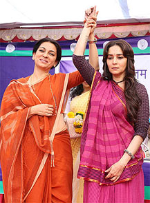 Juhi Chawla and Madhuri Dixit in Gulab Gang