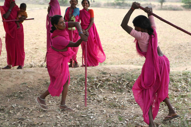 Gulabi Gang members learning self-defense