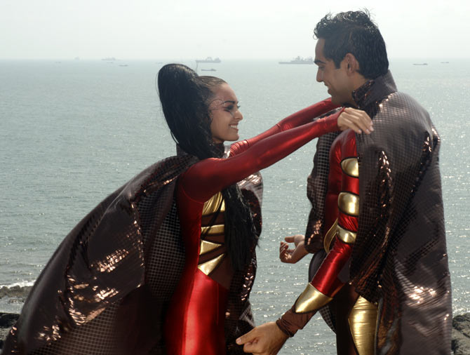 Minissha Lamba in Honeymoon Travels Pvt Ltd