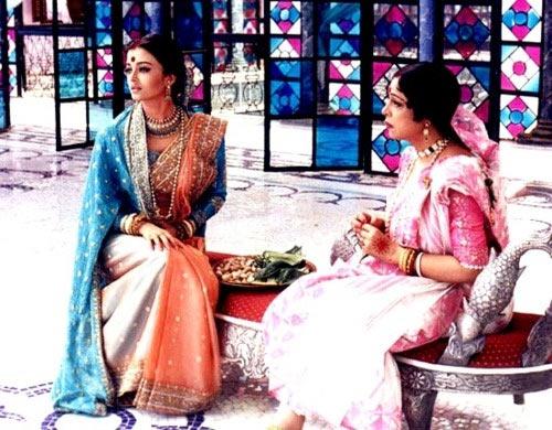 Kirron Kher with Aishwarya Rai  in Devdas