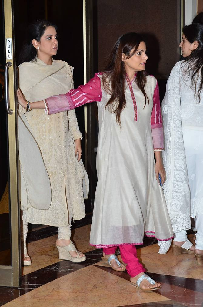 Shaina N C and Alvira Khan