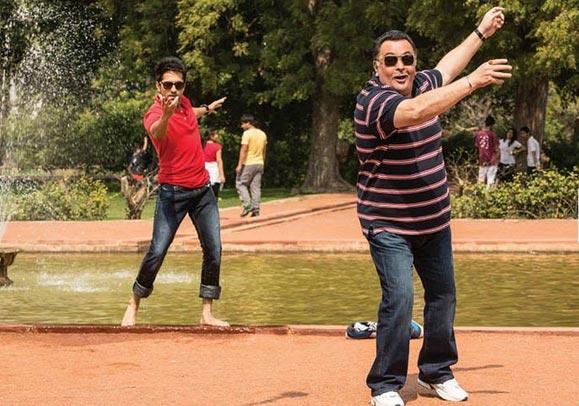 Ayushmann Khurana and Rishi Kapoor in Bewakoofiyaan