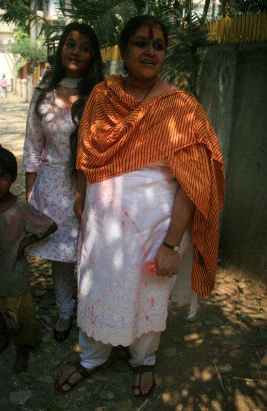 Supriya Pathak, Sanah Kapoor