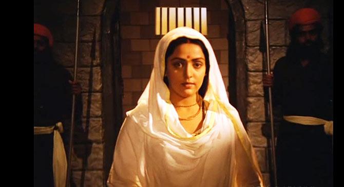 Hema Malini in Meera