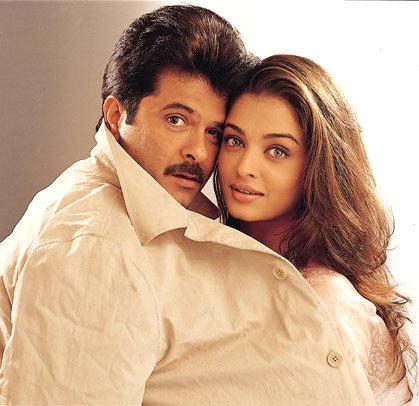 Anil Kapoor and Aishwarya Rai Bachchan in Hamara Dil Aapke Paas Hai