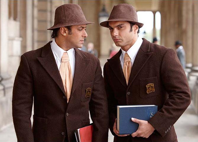 Sohail Khan  and Salman Kahn in Veer