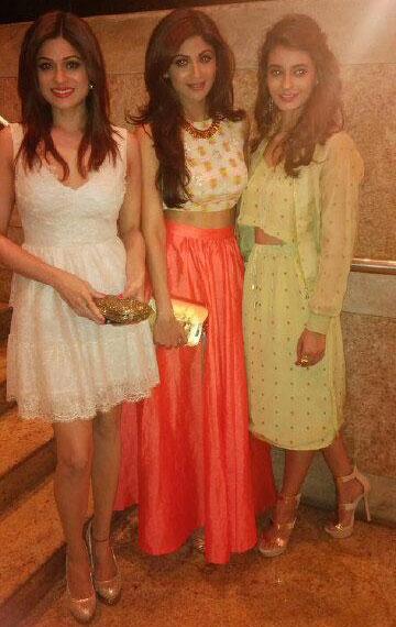 Shamita and Shilpa Shetty with Ayesha Khanna