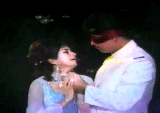 Nanda and Sanjay Khan in Pyar Hua Hai Jab Se from Abhilasha