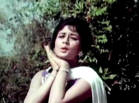 Nanda in Kabhi Tere Daaman Na Chodenge Hum from Neend Hamari Khwab Tumhare