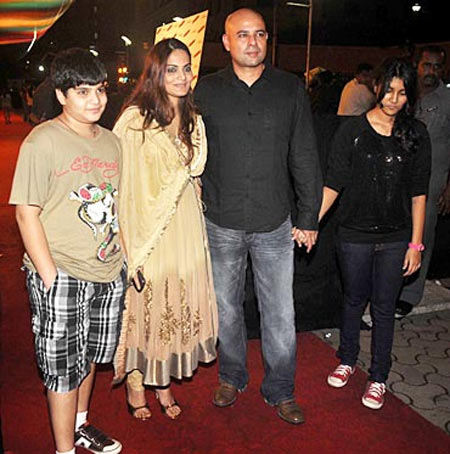 Atul Agnihotri with wife Alvira and kids