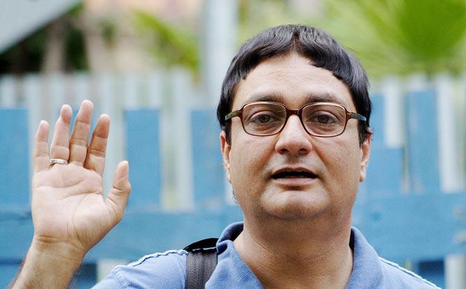 Vinay Pathak in Dasvidaniya