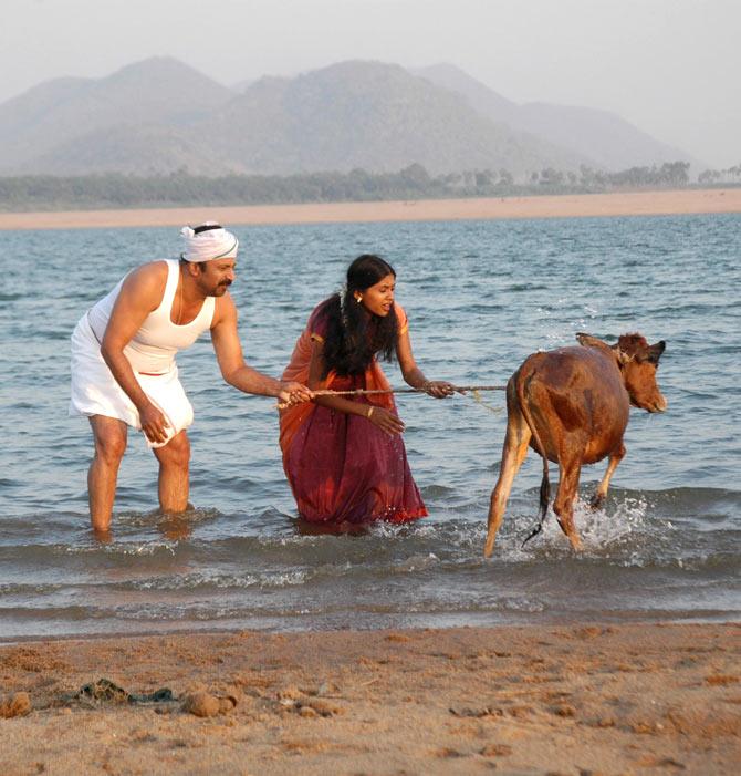 Anjali Patil and Siddique in Naa Bangaru Talli
