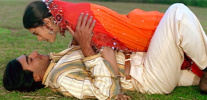 Ajay Devgn and Kajol in Gundaraj