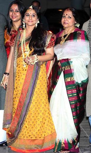 Vidya Balan with her mother Saraswathy Balan