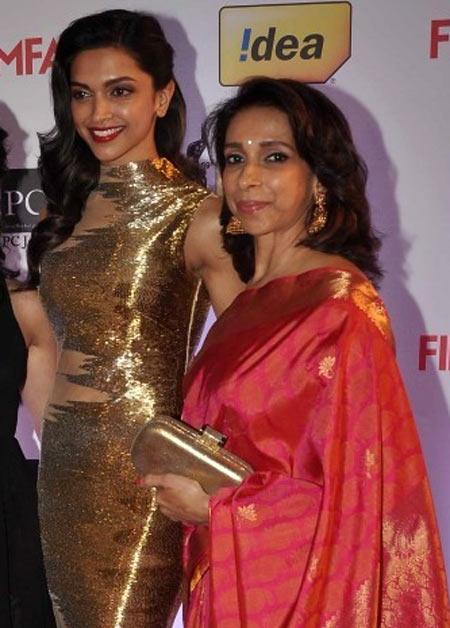 Deepika Padukone with her mother Ujjala