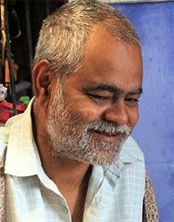 Sanjay Mishra in Aankhon Dekhi