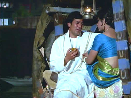 Bobby and Sharmila Tagore in Amar Prem