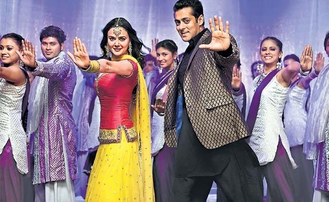 Preity Zinta and Salman Khan in Ishkq In Paris