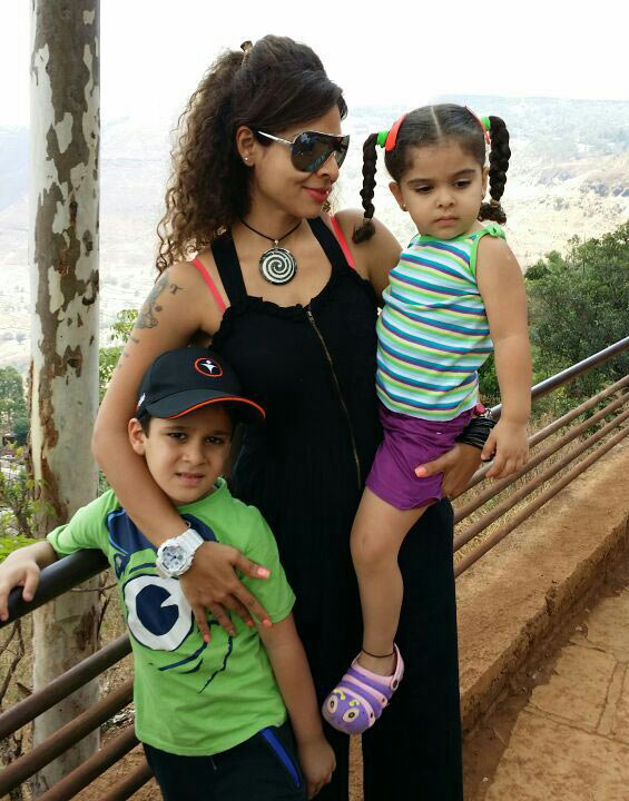 Tanaz Irani with her children Zara and Zeus