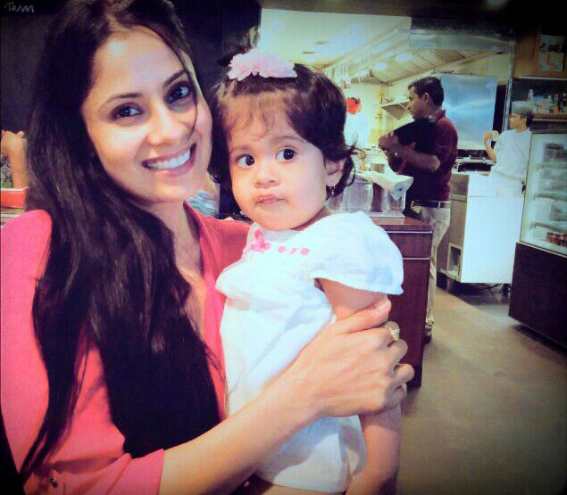 Chhavi Hussein with her daughter Areeza