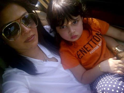 Mansi Salvi with daughter Omisha