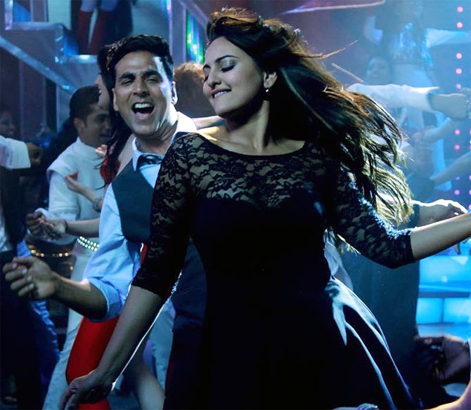 Akshay Kumar and Sonakshi Sinha in Holiday