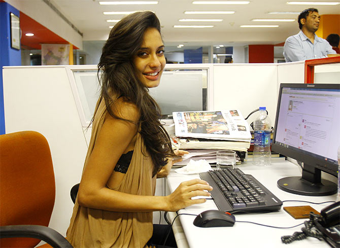 Lisa Haydon Norton How to stay safe on public Wi-Fi