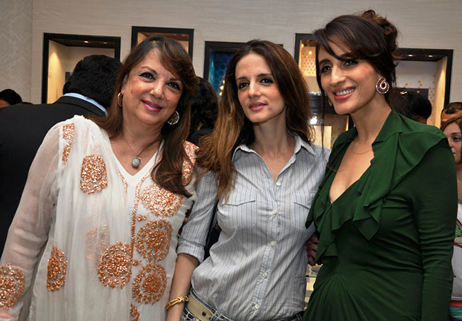 Sussanne Khan Family | www.pixshark.com - Images Galleries ...