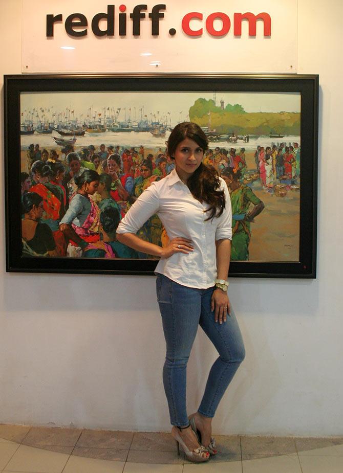 Current Bollywood News & Movies - Indian Movie Reviews, Hindi Music & Gossip - PIX: Zid debutante Mannara visits Rediff