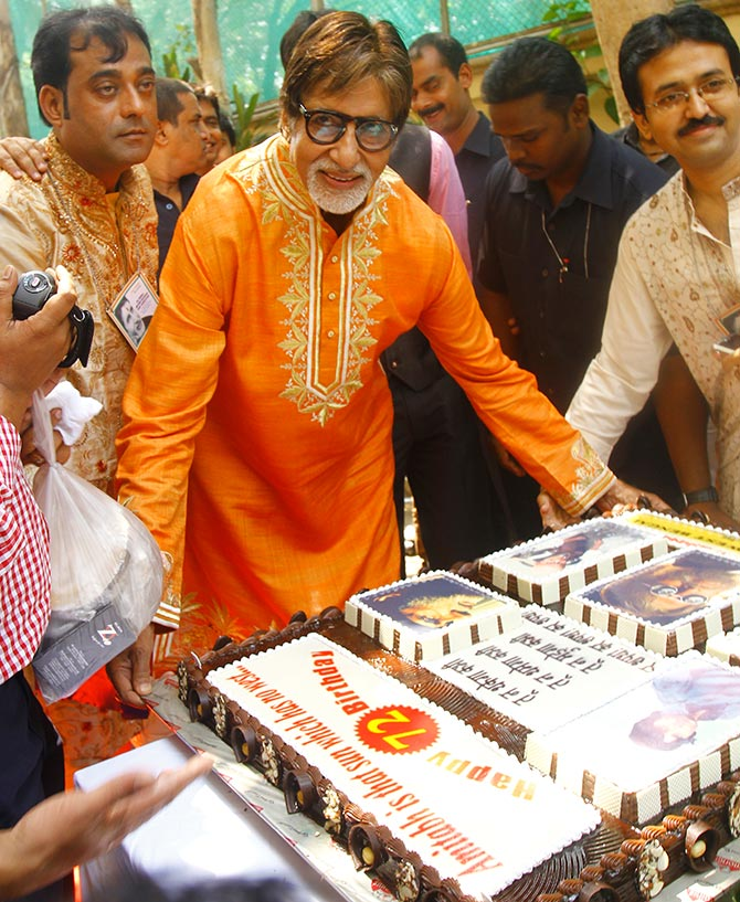 Amitabh Bachchan The Love Of My Fans Keeps Me Going