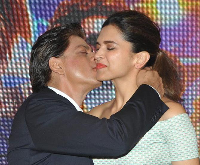 Vivaan Shah Happy New Year PIX: Shah Rukh, Deepik...