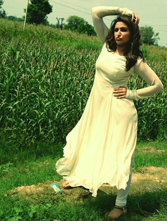 Current Bollywood News & Movies - Indian Movie Reviews, Hindi Music & Gossip - PIX: Parineeti, Aditya's LIP-SMACKING Daawat-E-Ishq food yatra