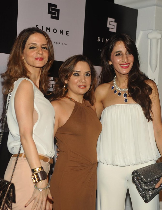 Current Bollywood News & Movies - Indian Movie Reviews, Hindi Music & Gossip - PIX: Sussanne Khan, Gauri at Simone Arora's store launch