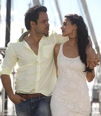 Emraan Hashmi and Amyra Dastur in Mr. X