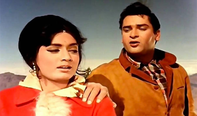 Rajshree and Shammi Kapoor in Janwar.