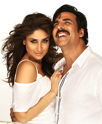 Kareena Kapoor and Akshay Kumar in Gabbar is Back