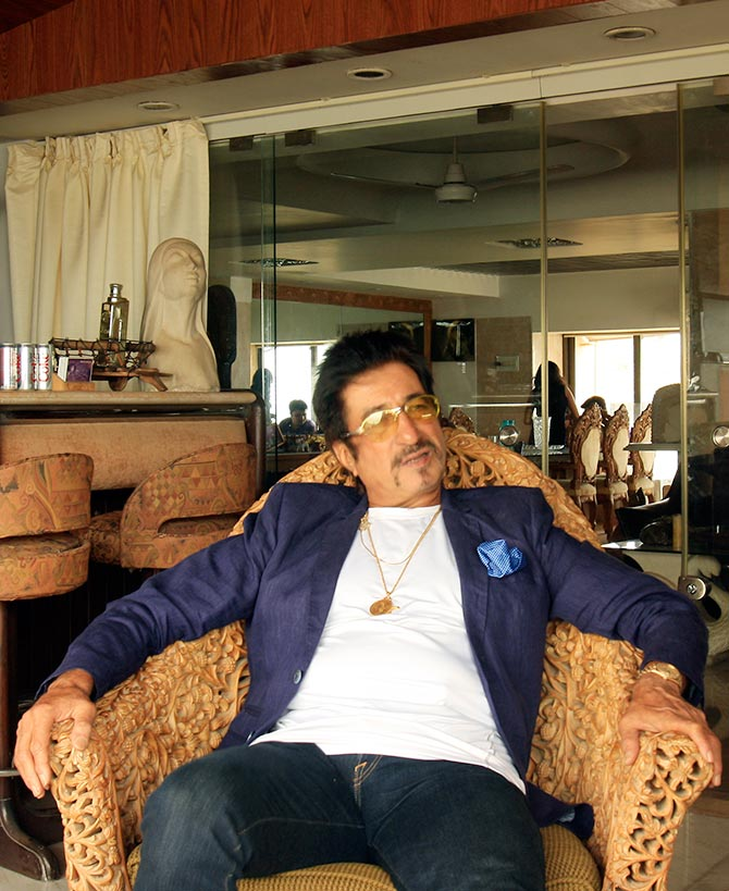 Current Bollywood News & Movies - Indian Movie Reviews, Hindi Music & Gossip - PIX: A peek inside Shakti Kapoor's beautiful home