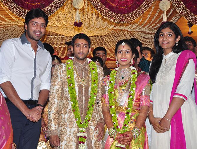 Vijaya Nirmala Son Naresh 42184 | ENEWS