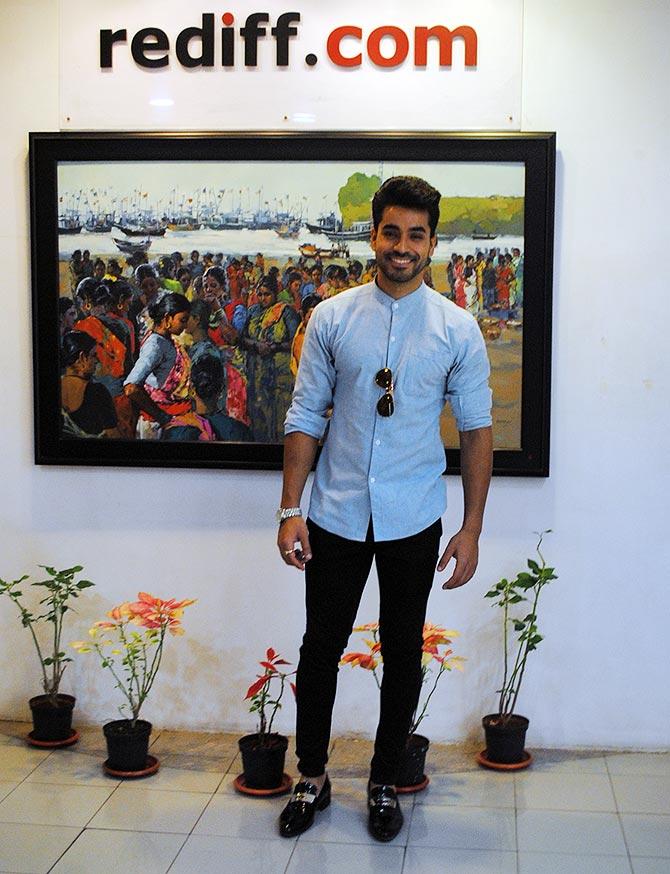 Current Bollywood News & Movies - Indian Movie Reviews, Hindi Music & Gossip - PIX: Bigg Boss 8 winner Gautam Gulati visits Rediff!