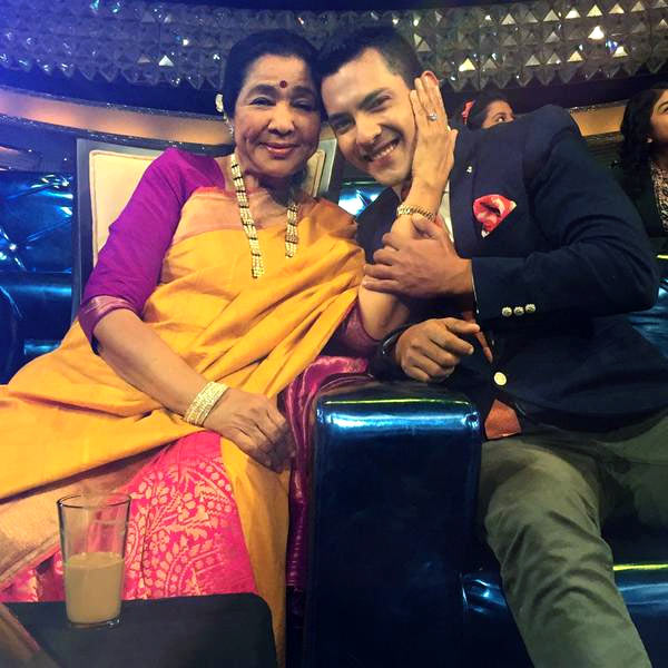 Asha Bhosle and Aditya Narayan