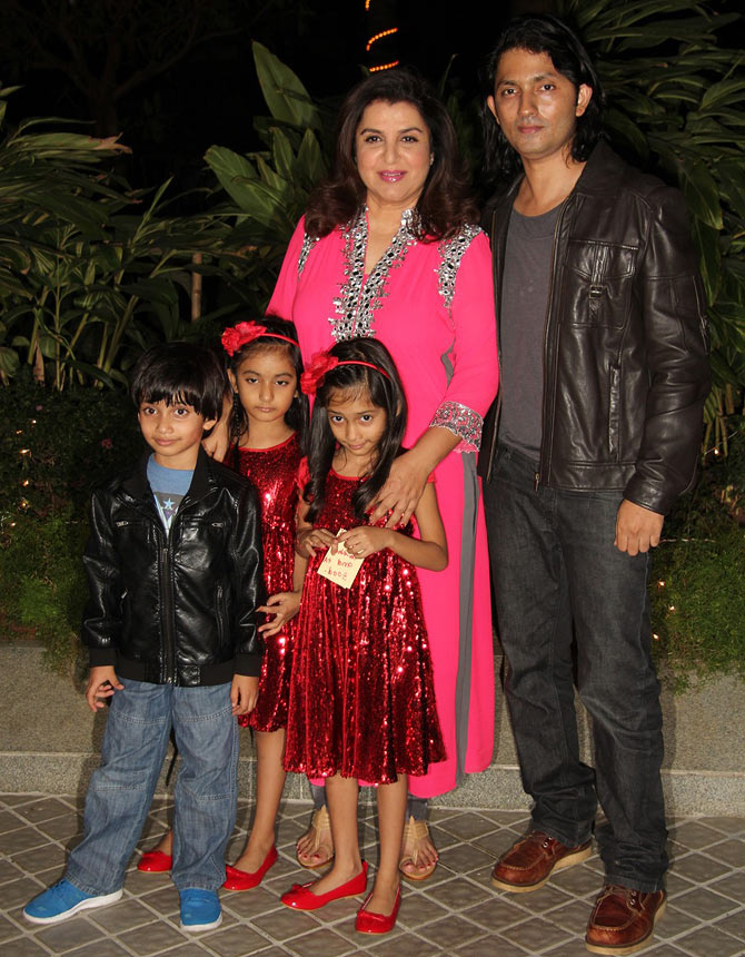 Farah Khan woth Shirish Kunder and their children