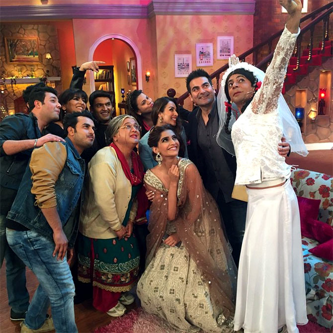 Cast of Doli Ki Dolly on the sets of Comedy Nights with Kapil